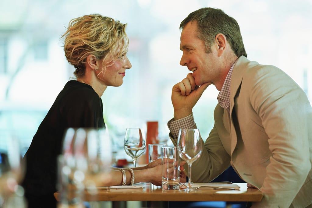 online dating meeting people