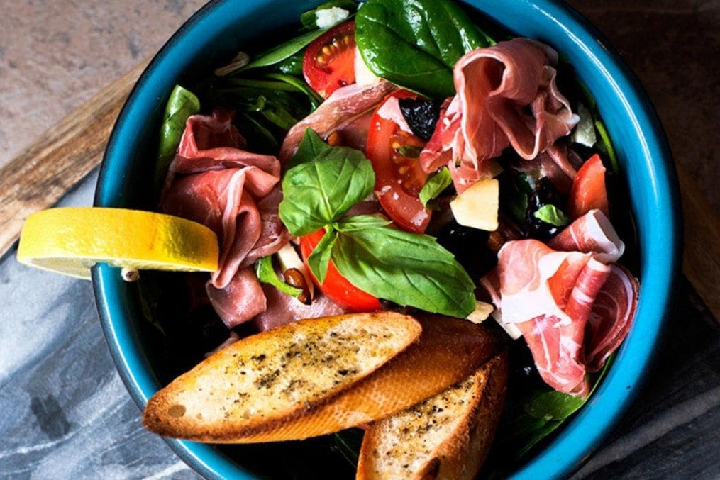 Mediterranean Rainbow Salad