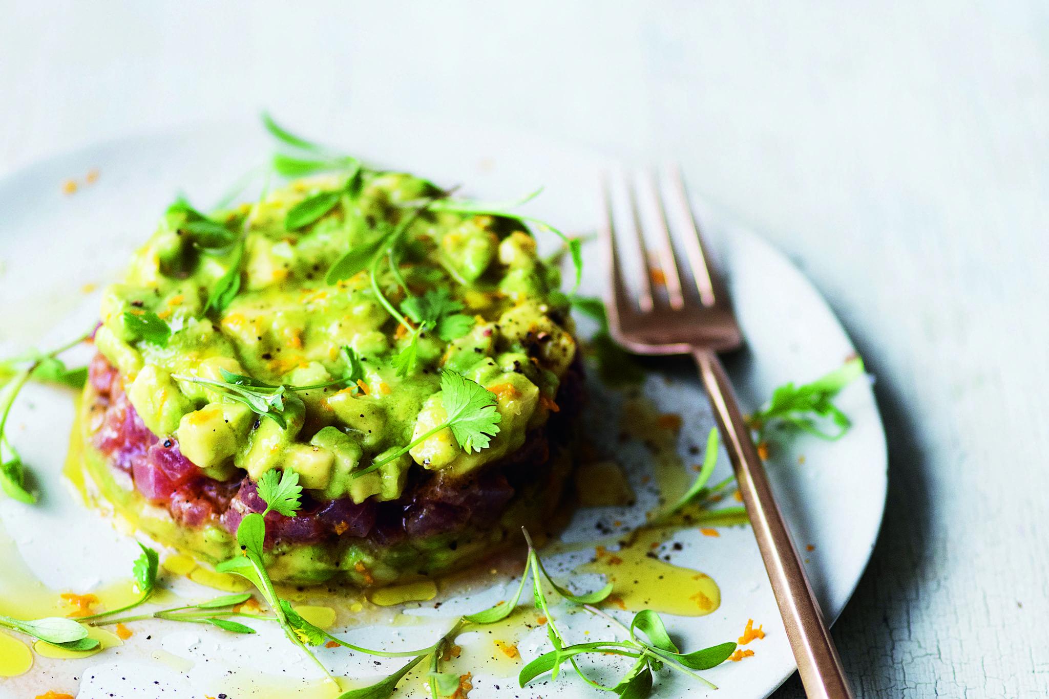 tuna-carpaccio-avocado-dale-pinnock
