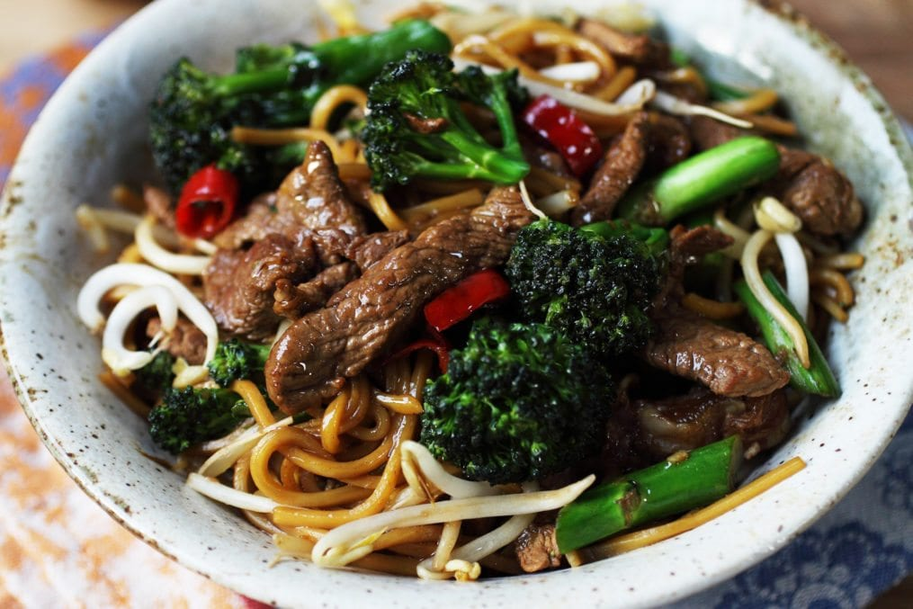 Broccoli/Beef Oyster Sauce Chow Mein