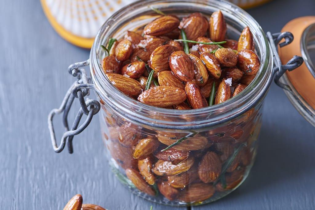Almond Day: honey almond snack recipe