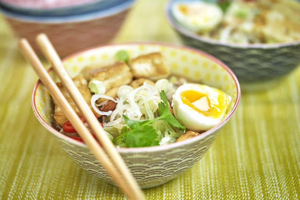 St David's Day: leek and tofu noodle bowl