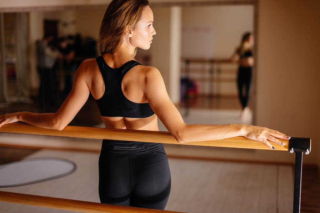 6 bum-toning barre moves you can do at home