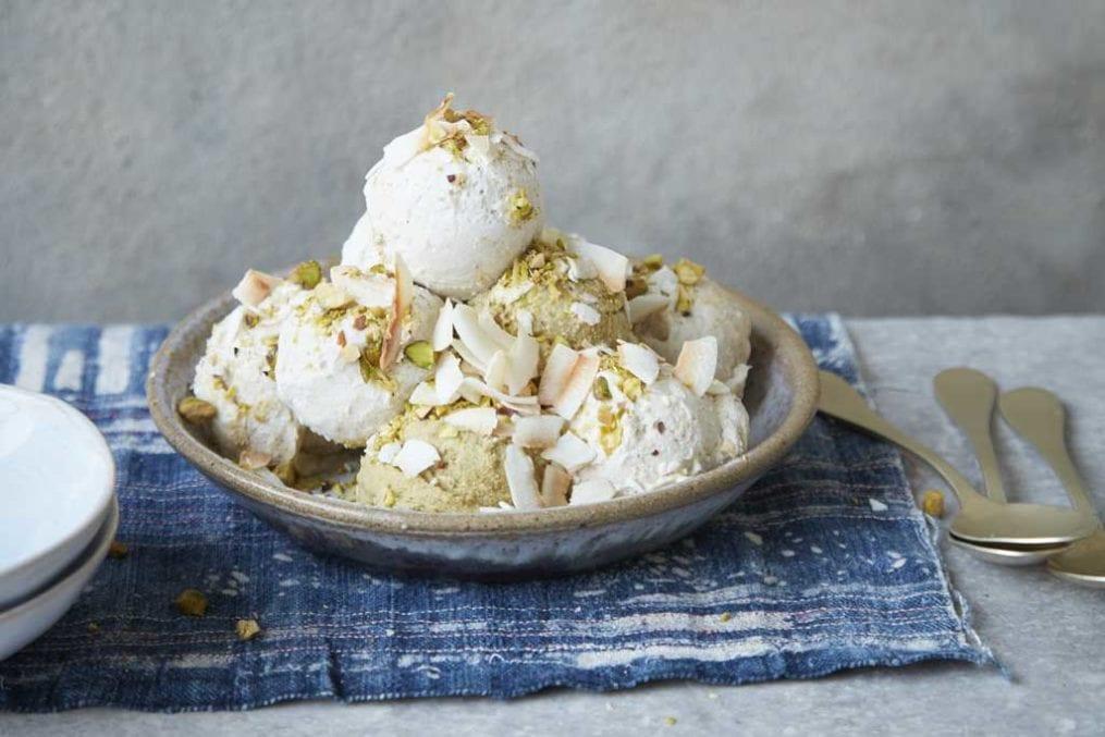 Vegan vanilla 'nice' cream
