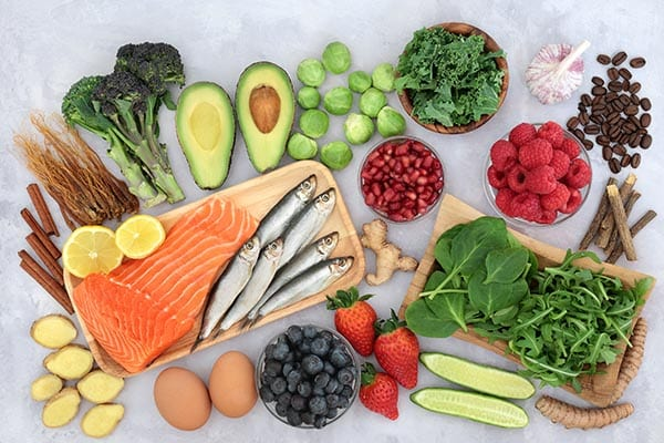 Type 2 diabetes risk-lowering foods
