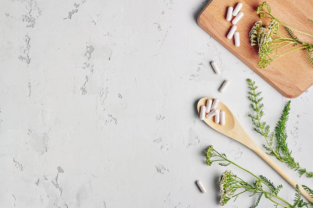 Alternative medicine, naturopath and dietary supplement