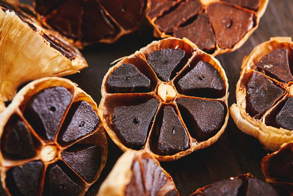 What does black garlic do?